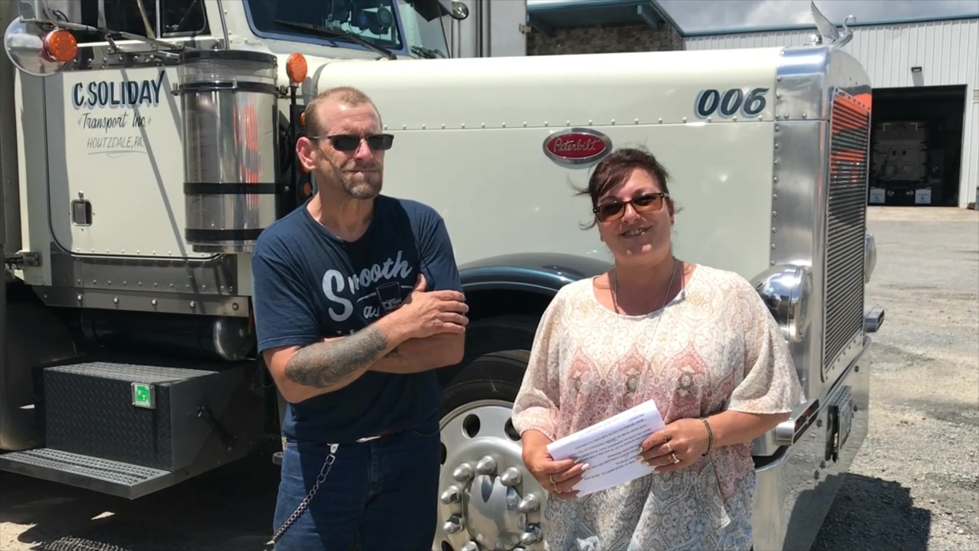 Katrina, our Social Media Coordinator interviewed Charles Soliday after he signed on two 2010 Vanguard trailers that were a part of our lease-purchase trailer program.